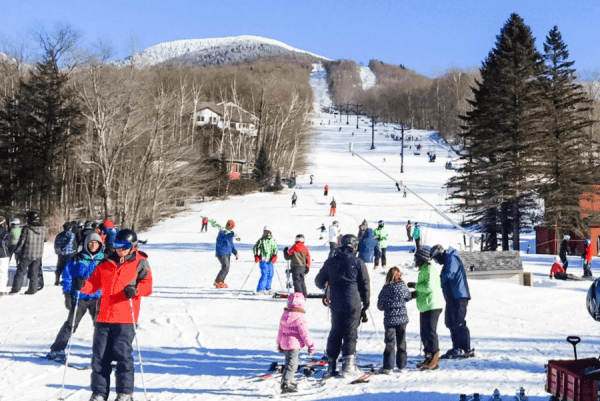 smugglers-notch-family-ski-resort-new-england-ski-slope-morse-mountain