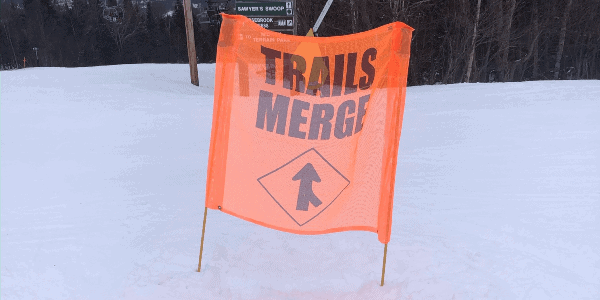 skiing-with-kids-trail-merge-sign