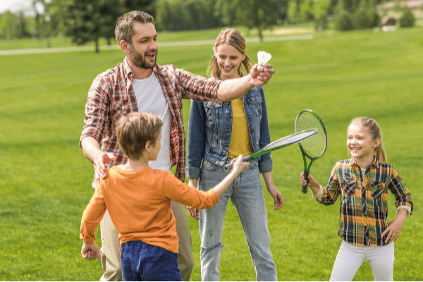 kids-games-from-around-the-world-family-badminton