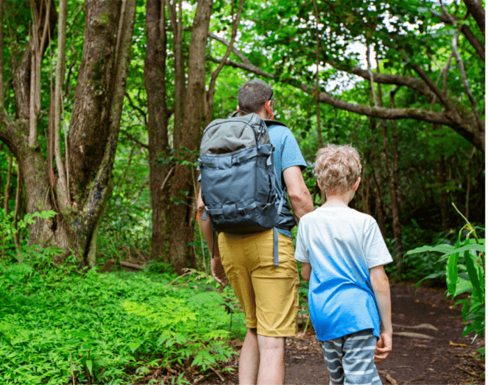 things-to-do-with-kids-in-maui-treasure-hunt