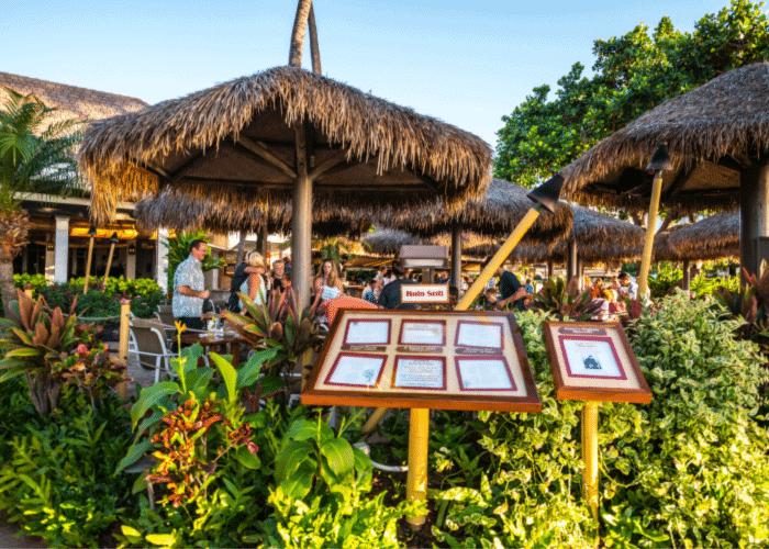 best-restaurants-in-maui-hula-grill