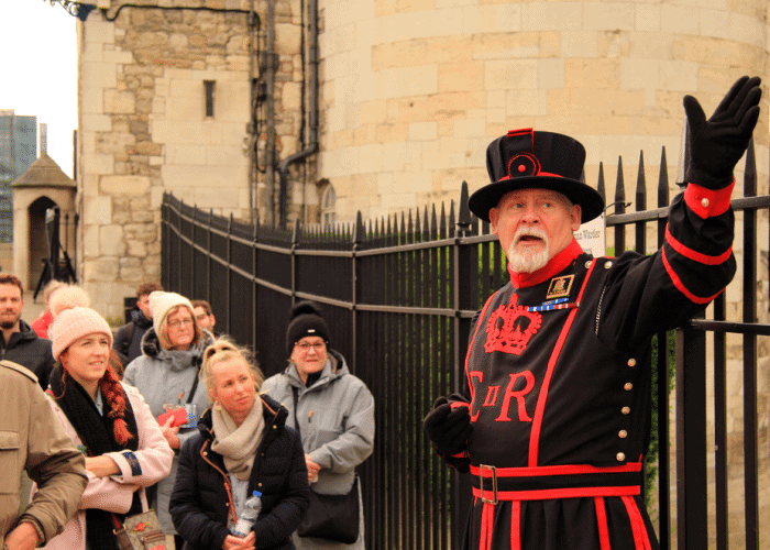 five-days-in-london-itinerary-yeoman-warder