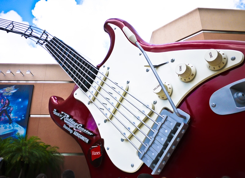 disney hollywood studios outside of rock n roller coaster