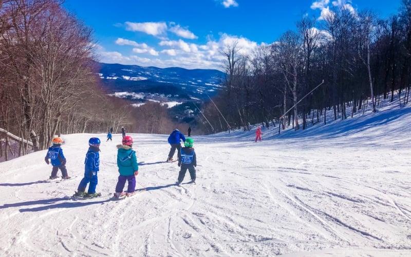 best-ski-resorts-in-vermont-ski-school