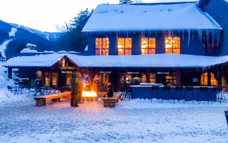 best-ski-resorts-in-vermont-restaurants-apres-ski