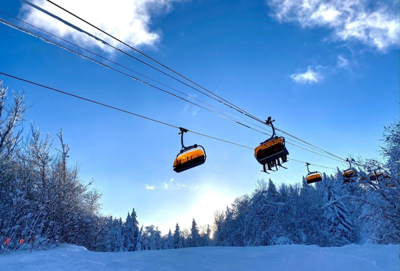 vermont-ski-resorts-for-families-okemo-lifts