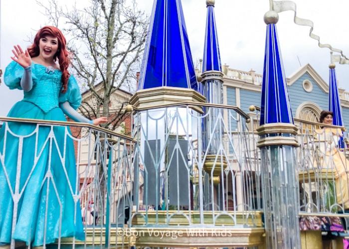 disney-2021--parade-at-magic-kingdom