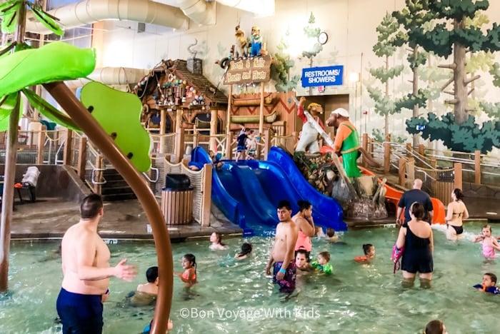 great wolf lodge massachusetts kiddie play area