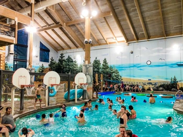great wolf lodge massachusetts water play area