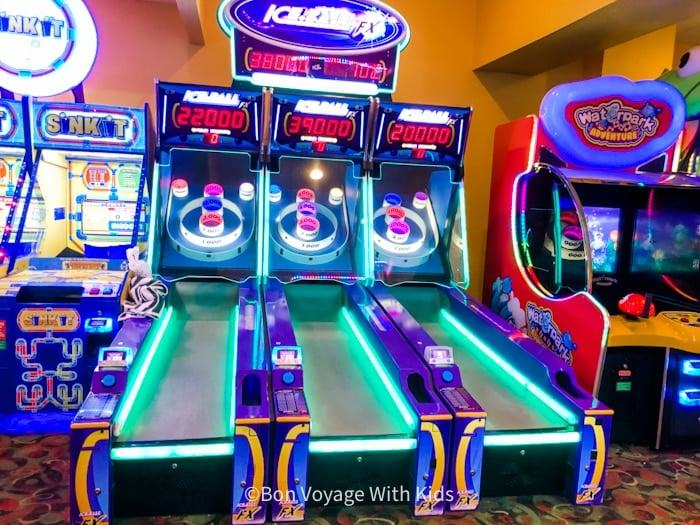 great wolf lodge massachusetts arcade