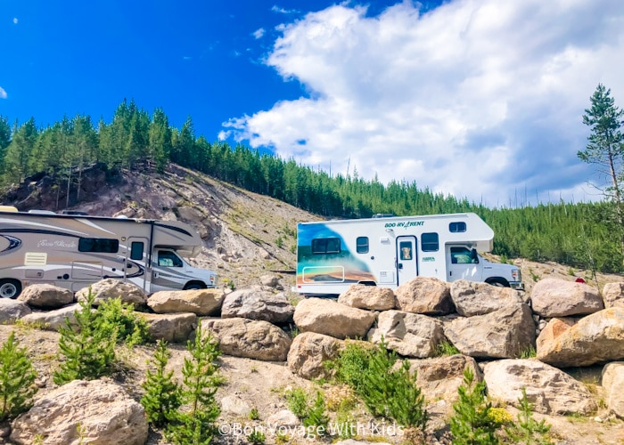 tips for road trips with kids two camper vans