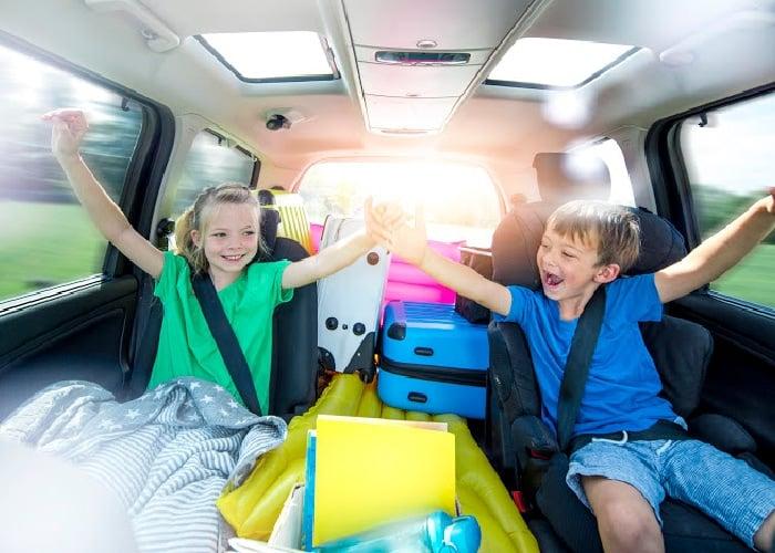 road trip activities kids happy in the car