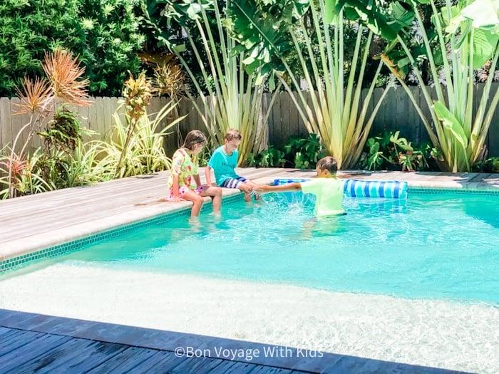 rental house pool anna Maria Island