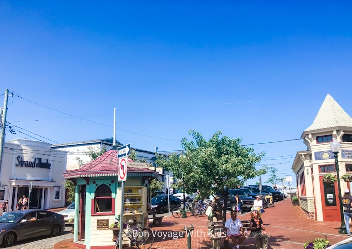 things to do on martha's vineyard with kids oak bluffs main town area