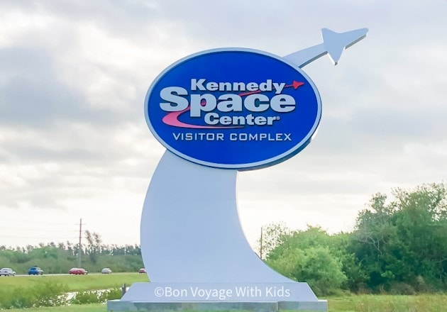 kennedy space center entrance sign